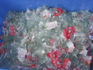 Glass bottle flakes